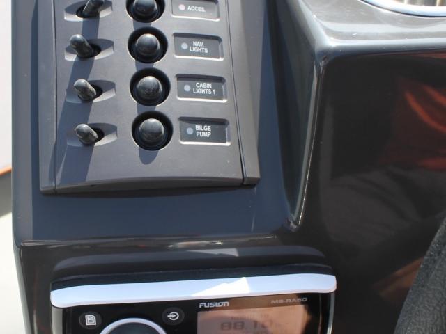 Fusion radio muziek installatie