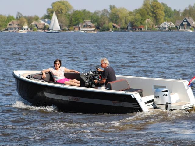 Moderne boot met veel comfort en zitruimte